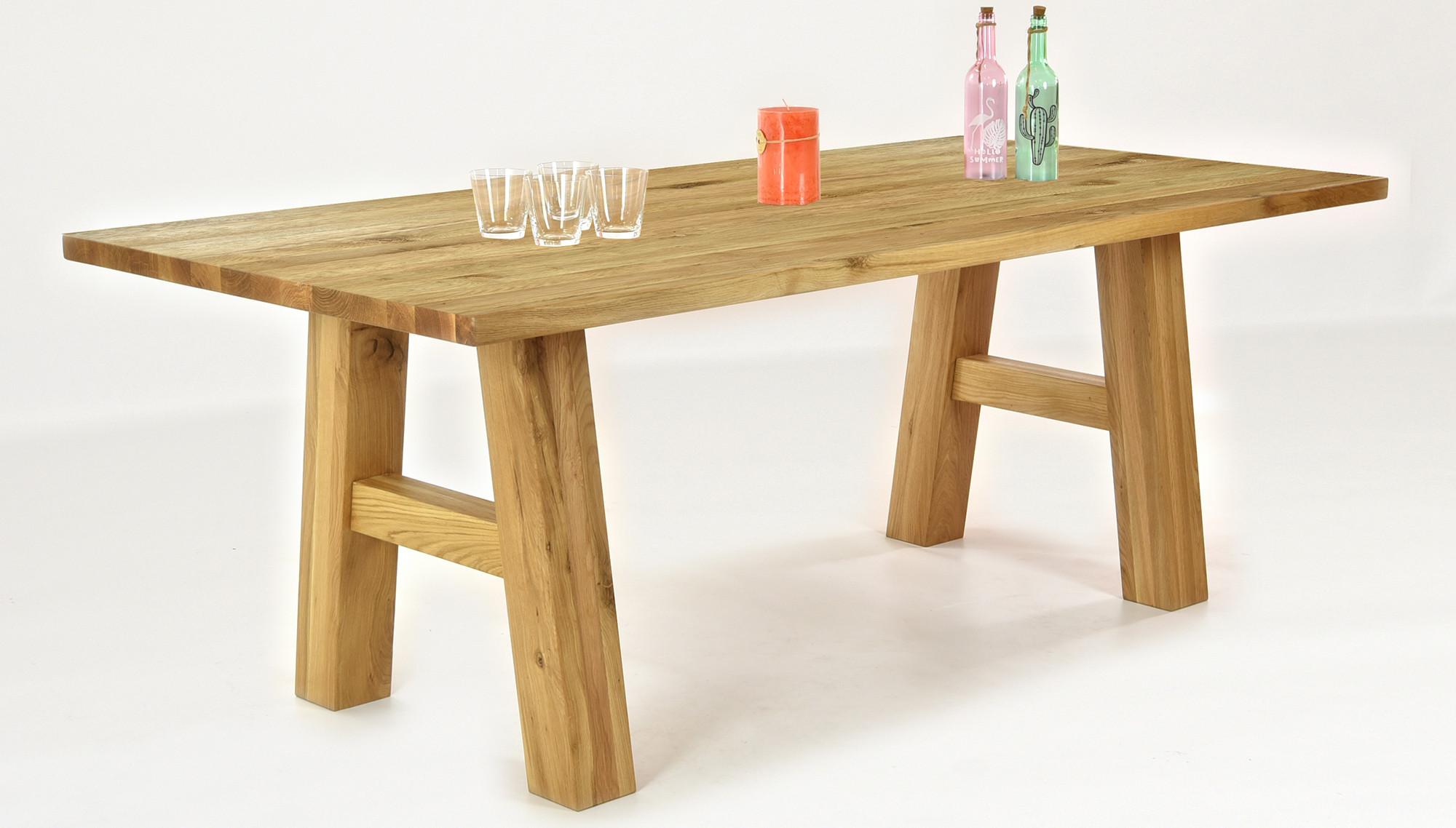 Massivholztisch aus eiche linda esszimmerst hle bella for Massivholztisch eiche